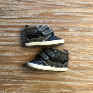 Other - 💙Fashionable Baby skater shoes 💙